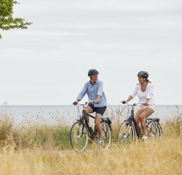 Couple cycling near Nysted on Lolland